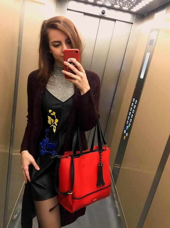 outfit do školy a kabelka