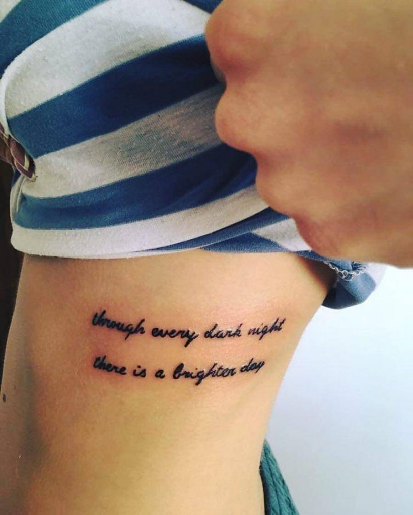 tetovanie na bok