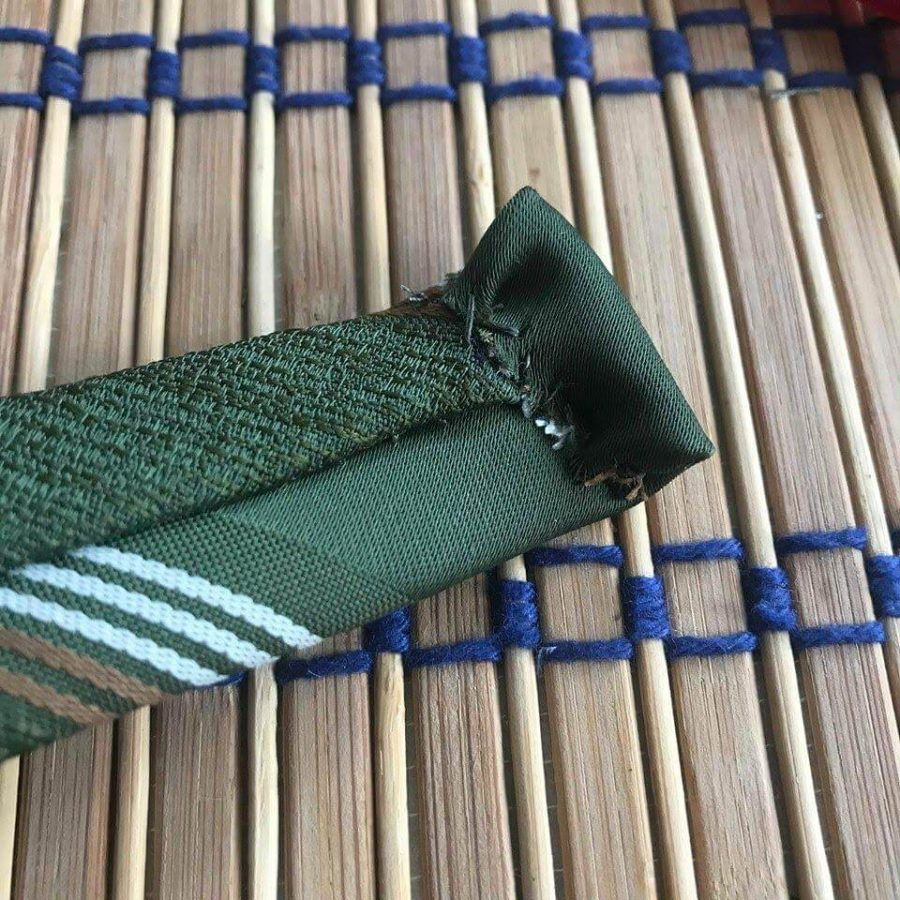 zloženie kravaty