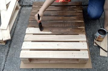 lakovanie drevenej palety
