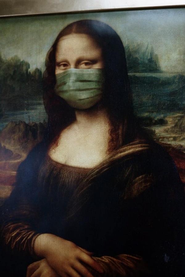 Rúško namaľované na obraze