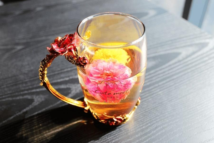 čaj z kvetov