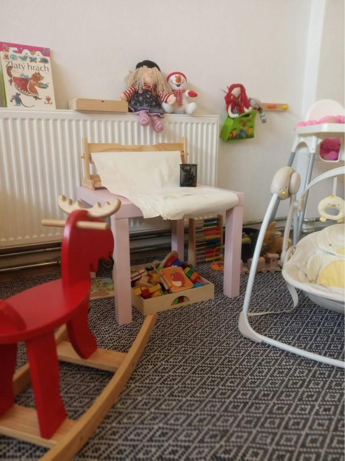 detský kútik s hračkami v Baterkárni