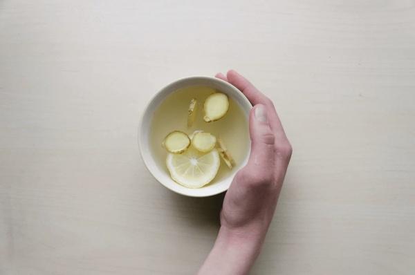 čaj zo zázvoru