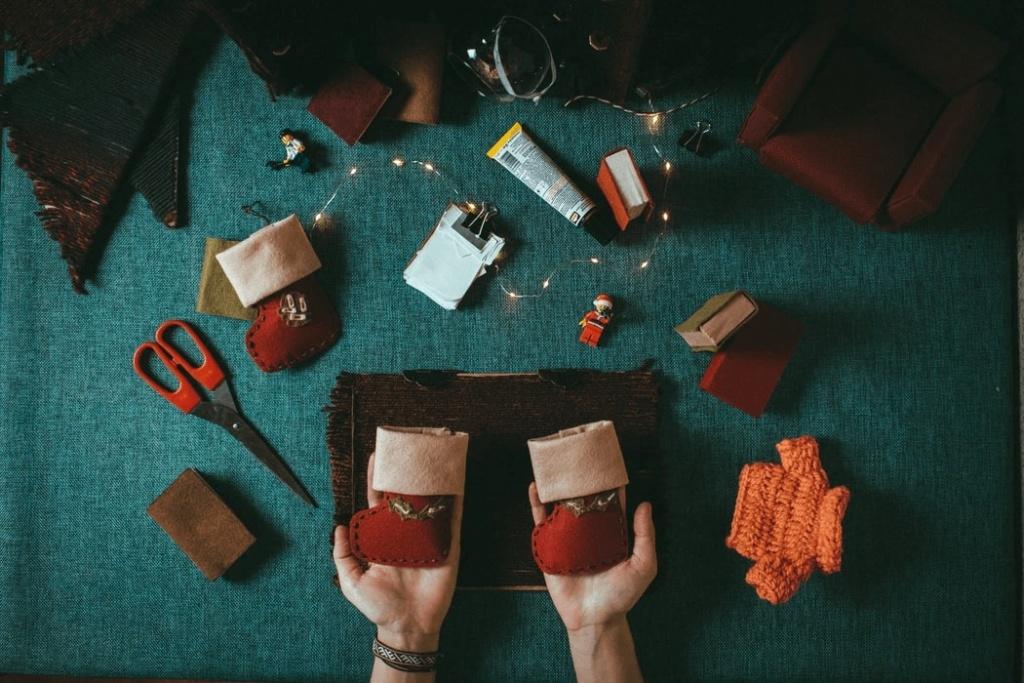 ušitá Vianočná ozdoba v tvare topánok